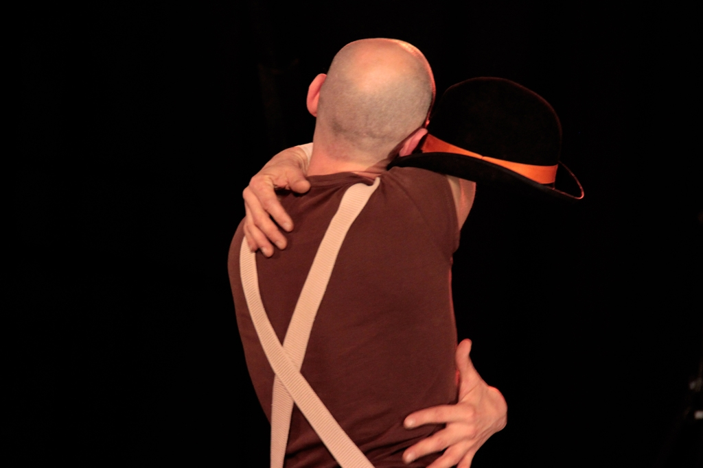 festival Mimages 10ème édition, soirée d'ouverture à Toulaud, Compagnie Commun Accord, Chaporte moi