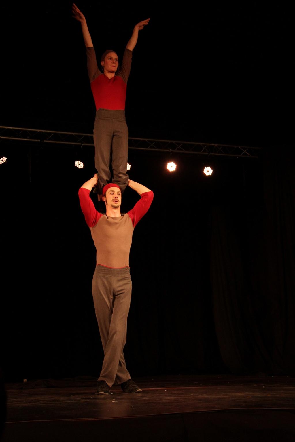 Festival Mimages , Mimages fait son cirque à Saint-Sylvestre, en Ardèche, content pour peu