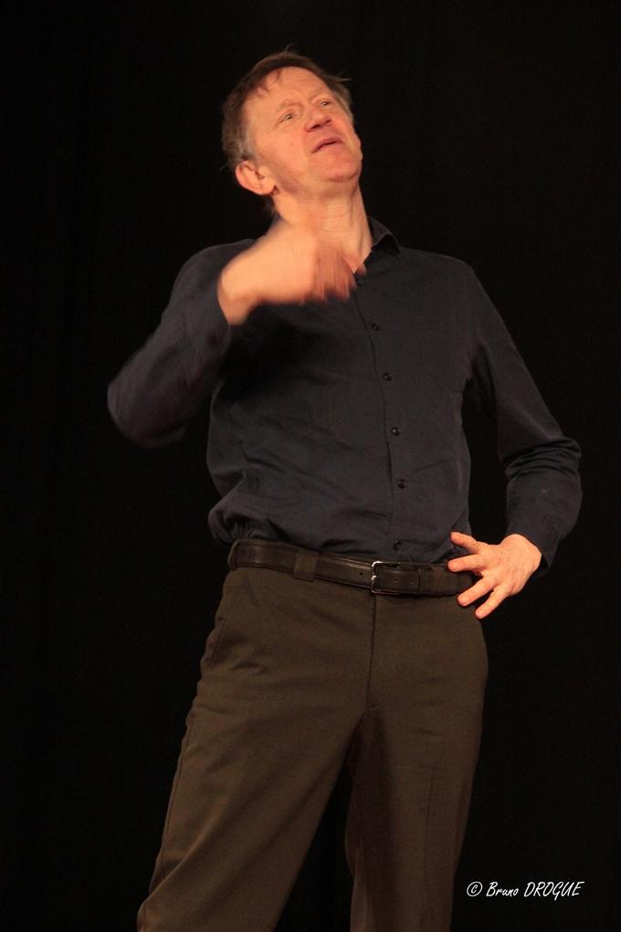 Jos Houben présente l'art du rire dans le cadre du festival Mimages 2017 à Saint-Péray au CEP du prieuré
