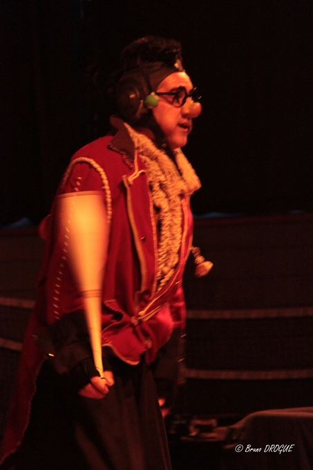 Soirée Mimages fait son cirque à Saint-Sylvestre, Ardèche