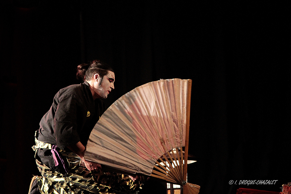 soirée Mimages fait son cirque à Saint-Sylvestre en Ardèche, festival du geste et du Mime, 2018, Shintaï Jonglo